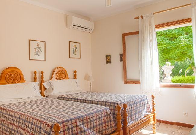 Habitación para 2 con aire acondicionado