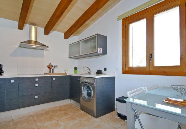 Waschmaschine in der Küche