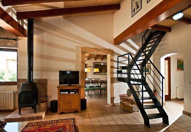 Satelliten-TV und Treppen
