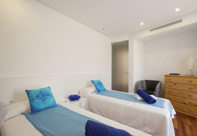 Schlafzimmer für 2 Personen in Einzelbetten