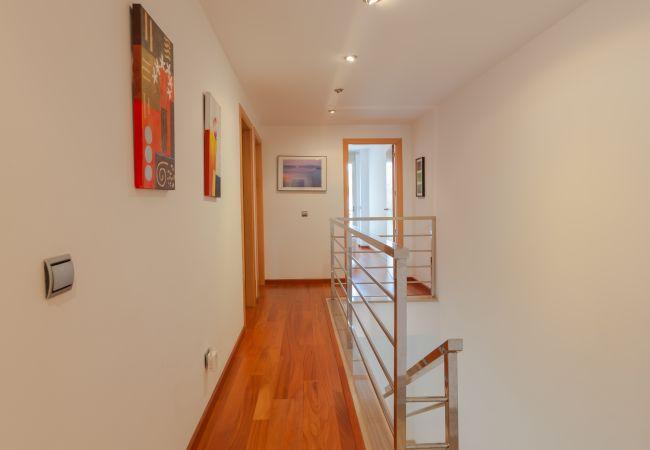Corridor of the upper floor of the duplex
