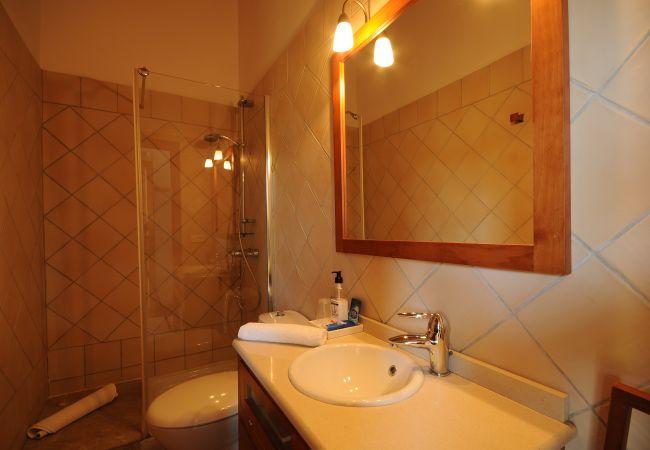 Second bathroom of the Villa