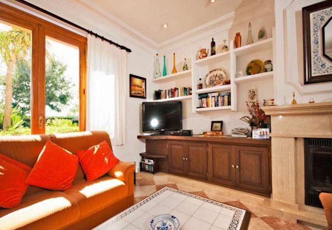 Living room of Villa Rosaleda in Pollensa
