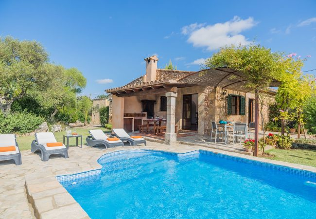 Country house in Pollensa / Pollença - JUST