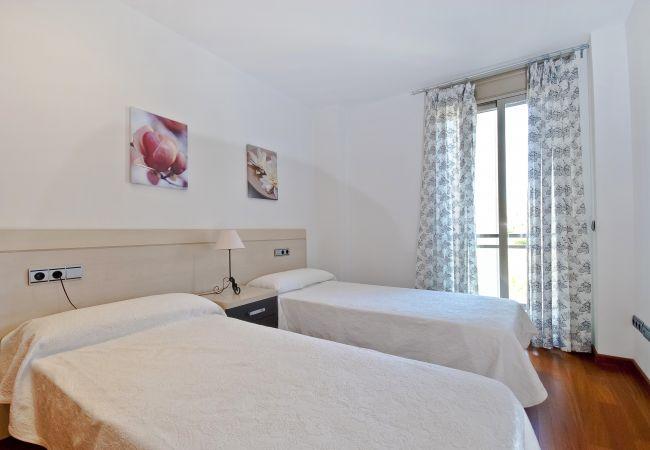 Dormitorio doble con balcón
