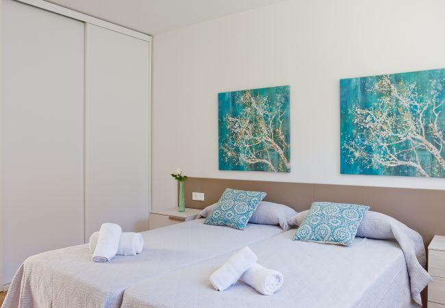 Dormitorio doble con armario en planta baja